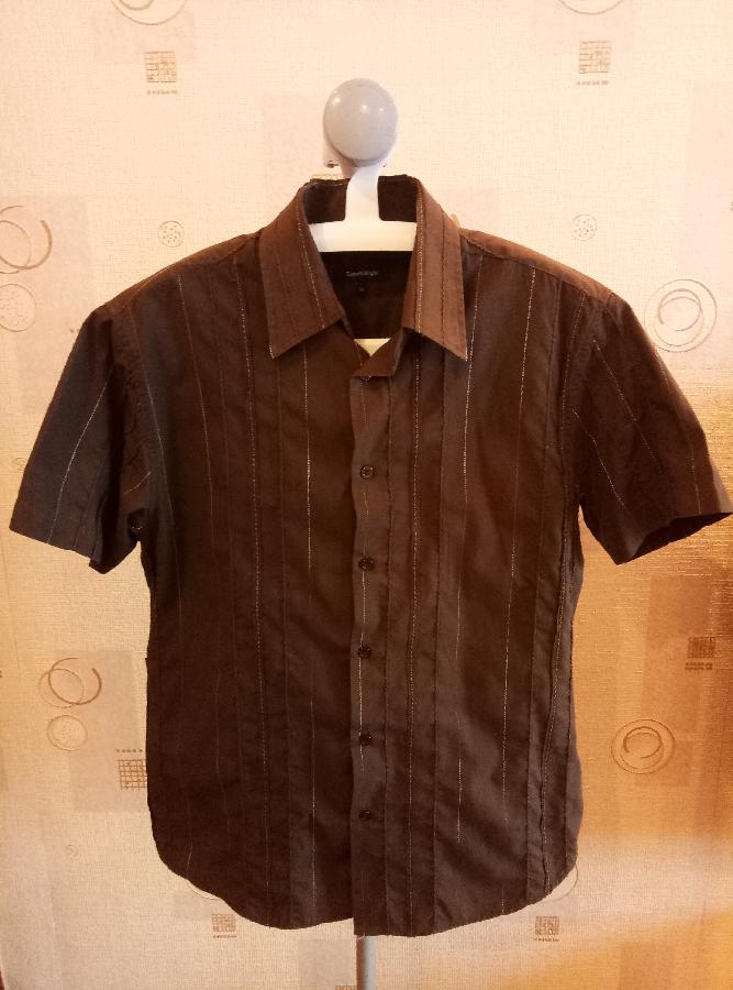 c2f2482daac Купить сейчас - Мужская коричневая рубашка с коротким рукавом в ...