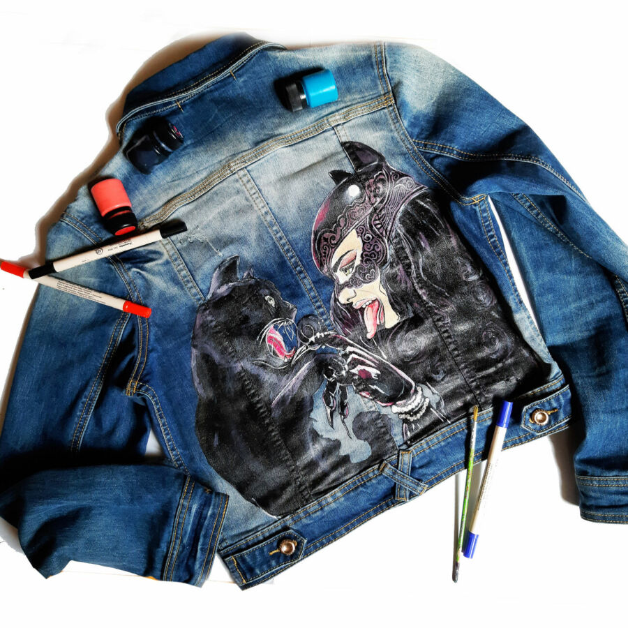 Стильная женская джинсовая куртка с рисунком на спине (ручная роспись)
