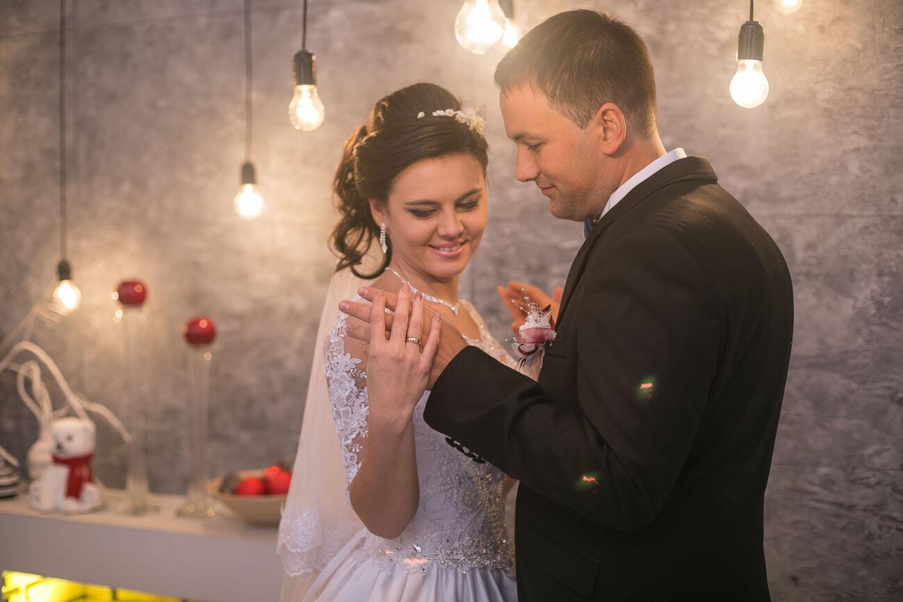 Видеосъемка на свадьбу,юбилей,праздник недорого Днепр(Днепропетровск)
