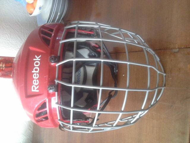 Хоккейный шлем REEBOK 7K размер M б/у