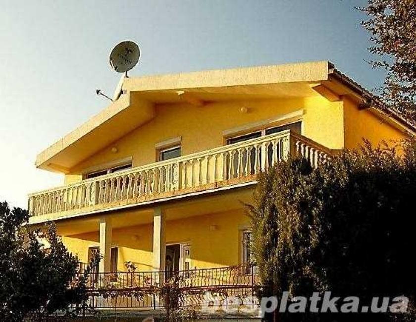 Черногория,продажа 3-х этажного добротного дома!