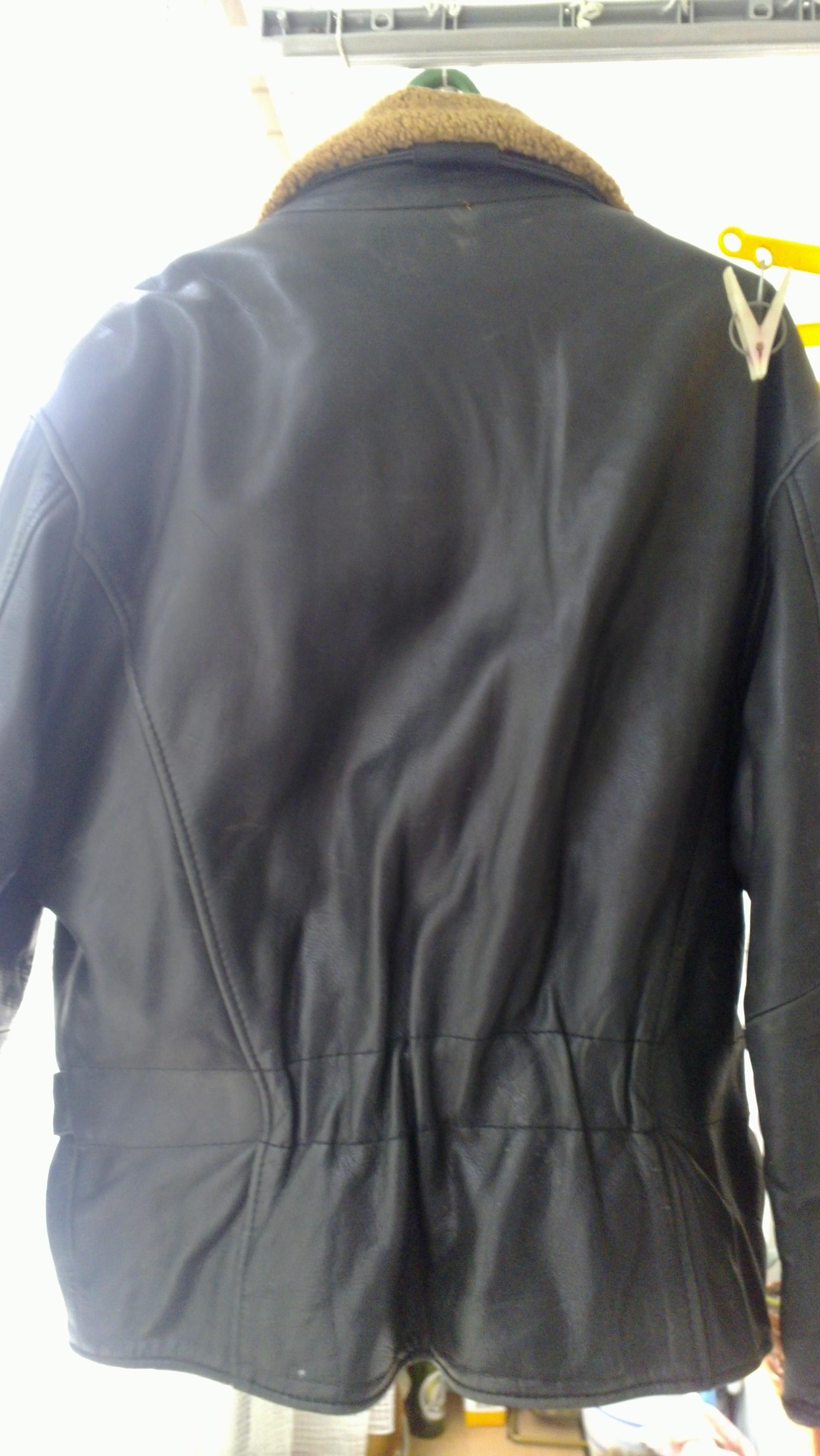 Фото 7 - Кожаная куртка