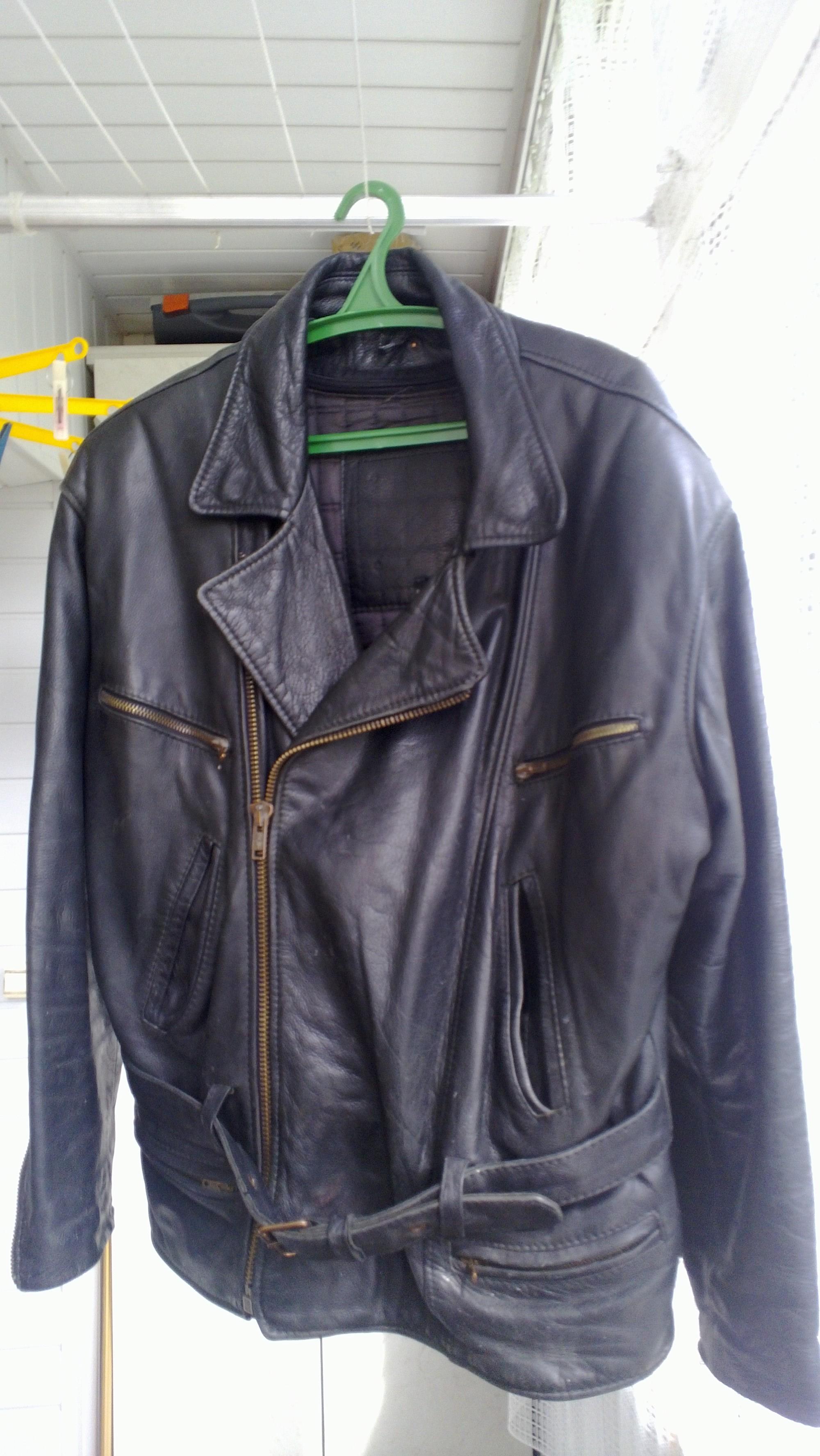Фото 5 - Кожаная куртка