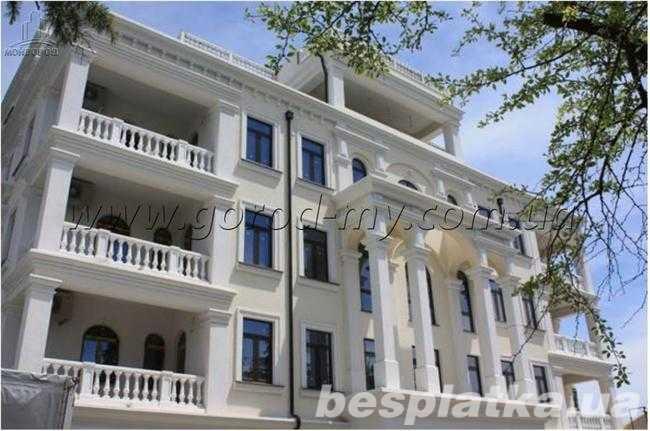 Фото - Продам апартаменты 100 кв.м. в Алуште по ул.Ленина - рядом с морем.