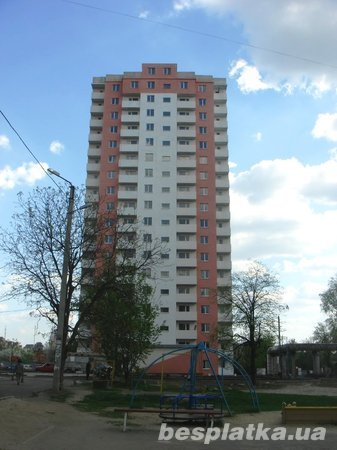 Продаю  450м под жильё, коммерцию в  Новострое на Клочковской