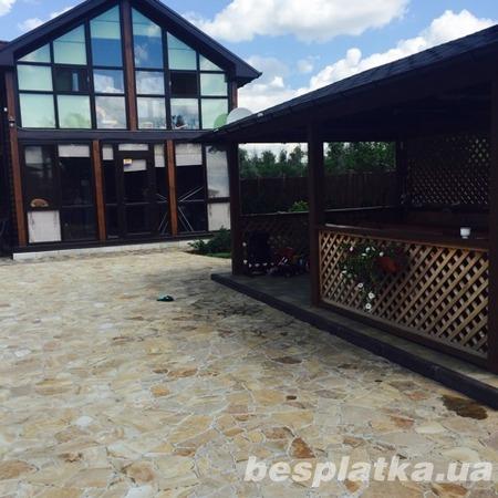 Продам дом в п. Кировское.