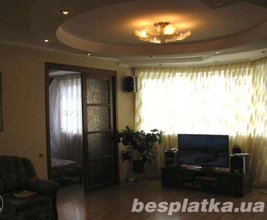 4-к кв. 100 м.кв с ремонтом в новом доме возле метро Спортивная