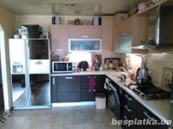 3 ком. квартира, 93 м2, с мебелью и евроремонтом, 4\10