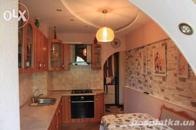 4 ком. квартира, 4\9, с дизайнерским ремонтом на Бочарова