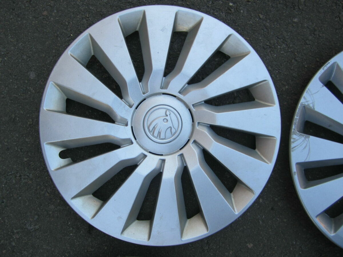 Колпаки ковпаки R16 Skoda Octavia A7 , 5e0601147c - оригинал.