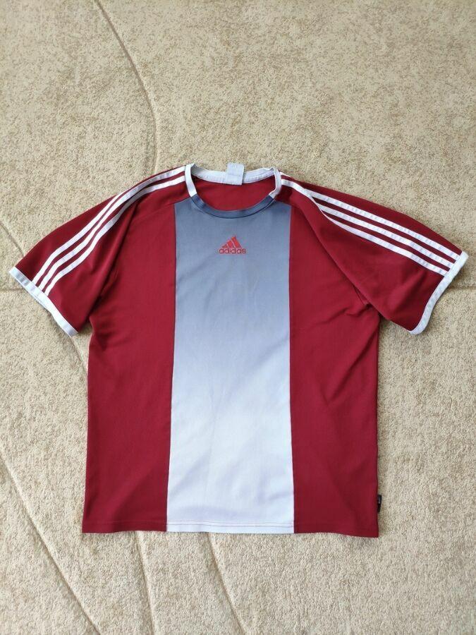 797a9439e4a Спортивная футболка Adidas  150 грн. - Спортивные футболки и майки ...