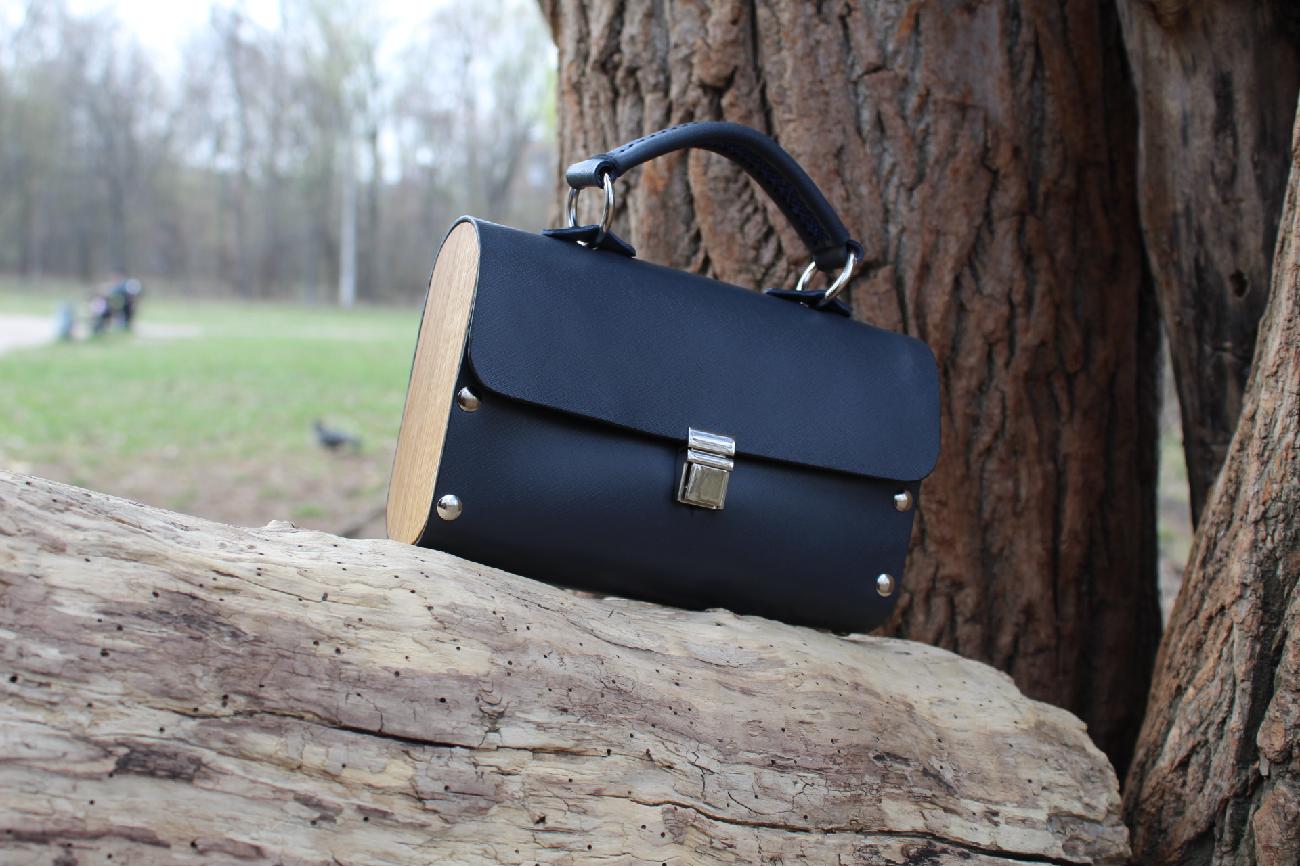 Винтажная сумочка из натуральной кожи и дерева. хочу такую же!!!