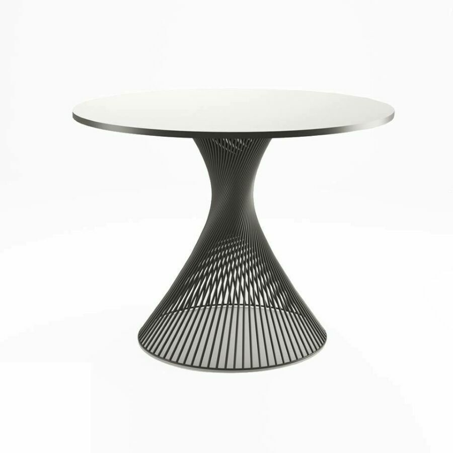 металлический обеденный стол
