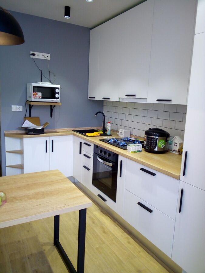 Корпусні меблі на замовлення - кухні, шафі купе, гардеробні та інше