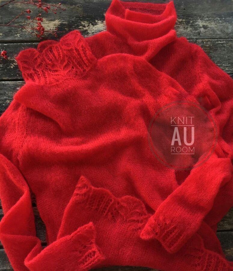 Изысканный пуловер с ажурным воротником из кидмохера Camelot