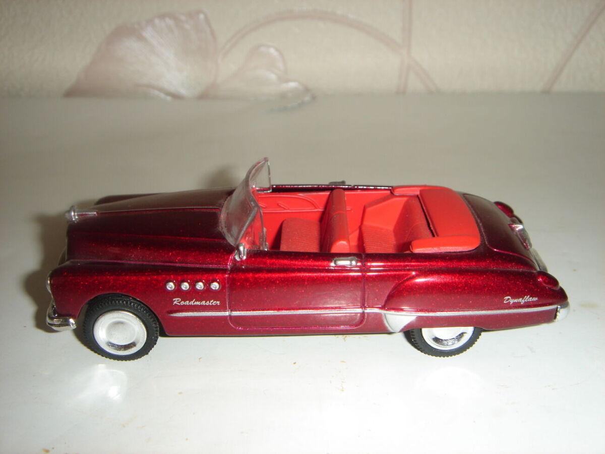 Продам машинку металлическую Buick Roadmaster  1949. 1:43