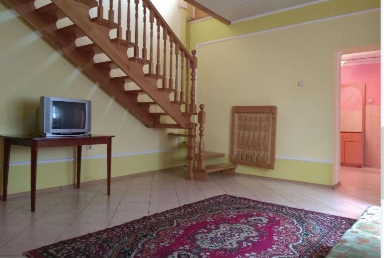 Довгострокова оренда будинку з ремонтом, від власника, Виноградів 6 50
