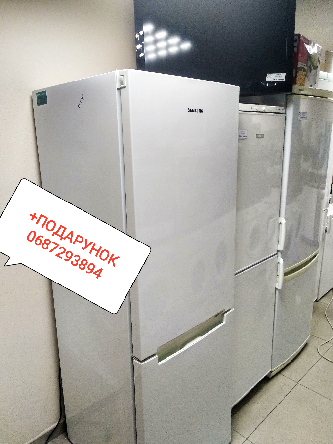 Холодильник Samsung  No Frost гарантія/доставка.