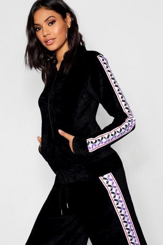 abd671c2cd3 Boohoo. товар из англии. велюровая кофта в модном оформлении.