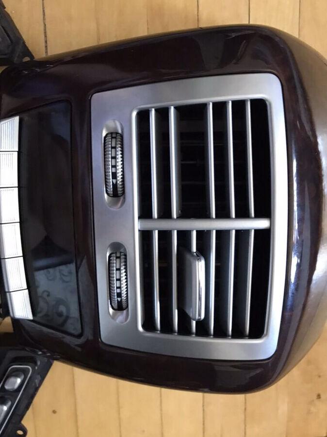 Запчасти для Mercedes-benz W221