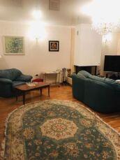 Продам 4-х комнатную квартиру Французский бульвар,пер. Дунаева 5