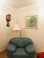 Продам 4-х комнатную квартиру Французский бульвар,пер. Дунаева 6