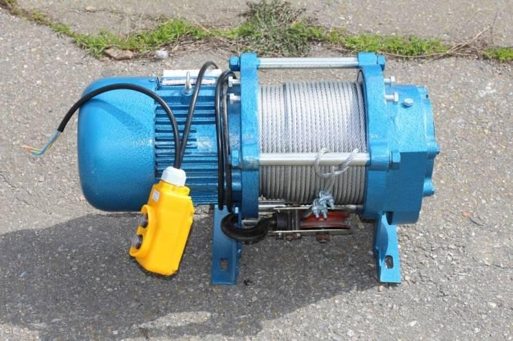Лебедка электрическая 300-2000 кг 30-60 метров 220в-380в.