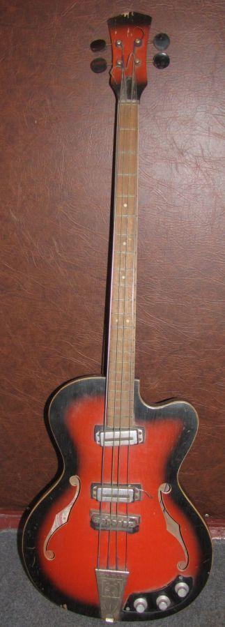 Бас-гитара полуаккустическая