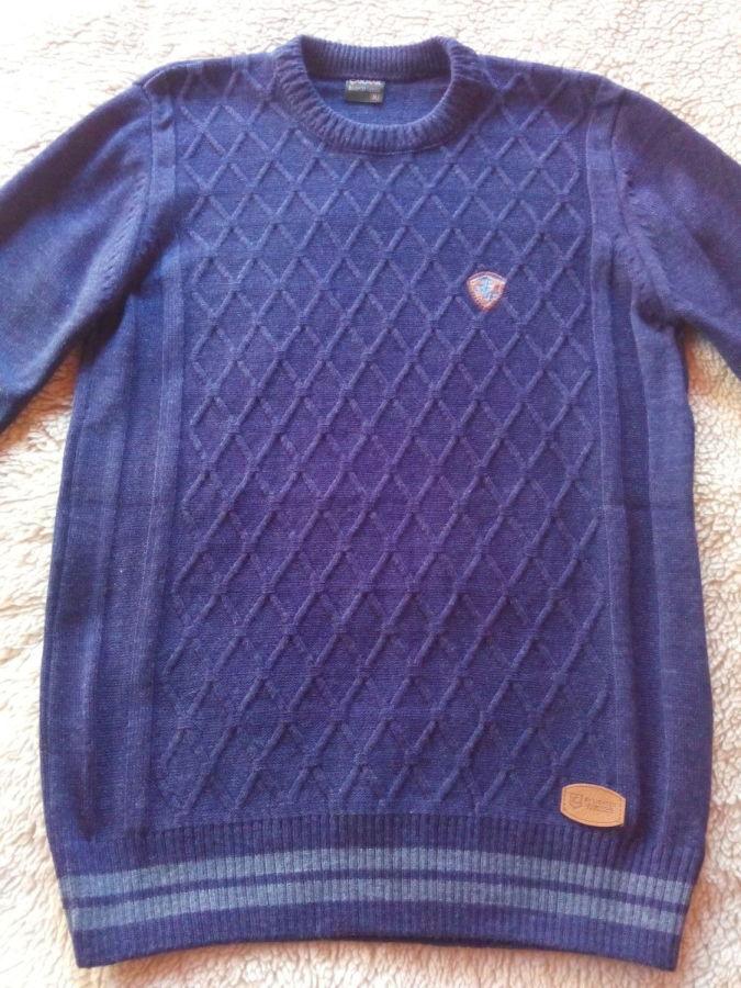 Продаю новый свитер