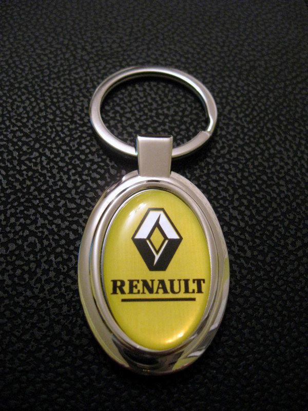 Брелок Renault .