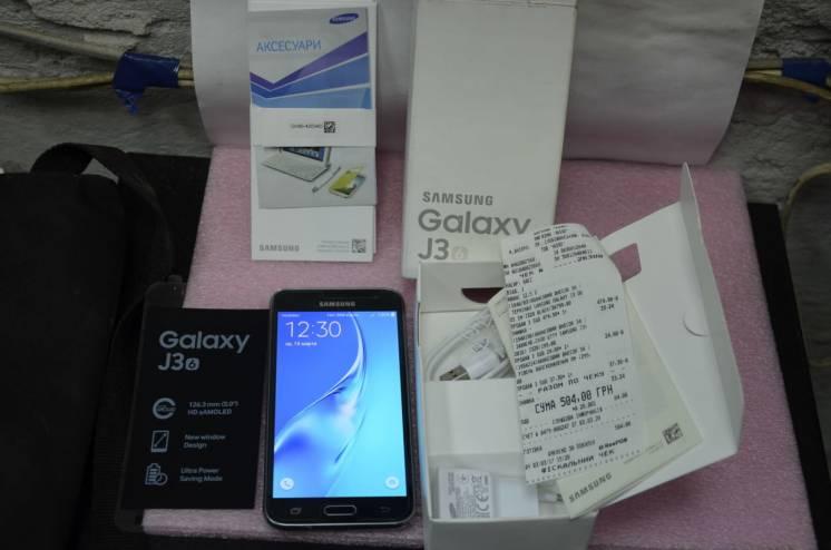 Samsung Galaxy J3 2016 J320H/DS Black + защитное стекло