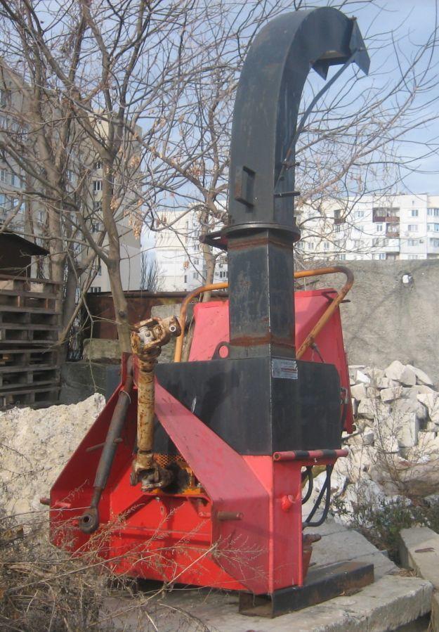 Продаем навесную рубильную машину DP 660 T, 2006 г.в.