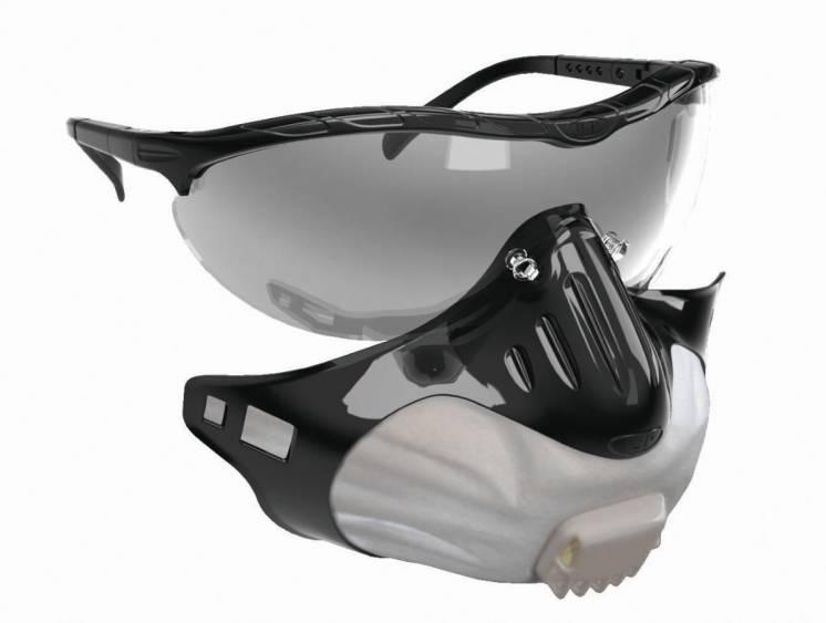 защитные очки и фильтрующая полумаска