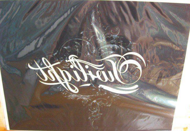 Twilight украшение термо наклейка А4 чёрная
