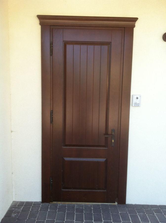 Деревянные двери на заказ любой сложности