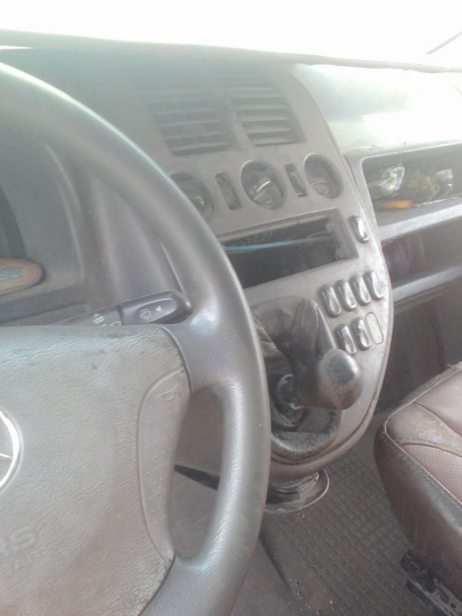 Запчасти на Мерседес Вито 2.2cdi 2001г.(пассажир)