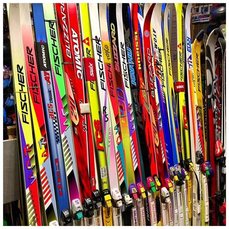 Продам лыжи беговые б/у из Австрии.