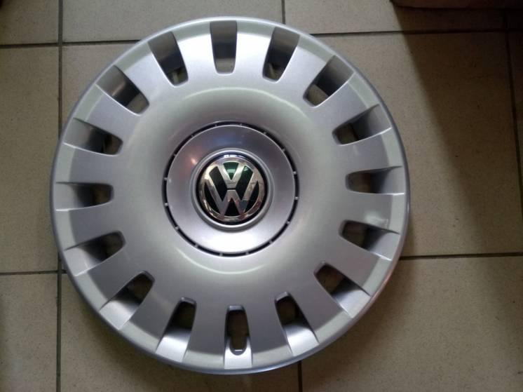 Колпаки R15-R16 / эмблемы- VW Passat -Jetta -Bora -Golf - Оригинал.