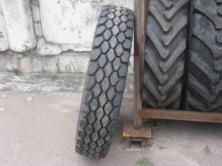Грузовые шины 9.00r20(260r508) кама и-н142 бм, 14 нс.