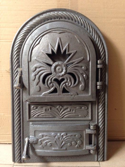"""Дверцы печные, для барбекю """"Корона алочная"""". Дверца для кухни"""