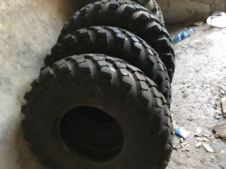 Продам обменяю резину 12,00-18 на ГАЗ-66