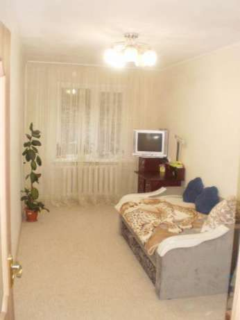 2 комнатная с ремонтом, ул. ген. Петрова