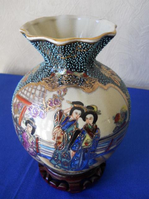 Винтажная Китайская ваза для цветов Royal Satsuma-Две гейши