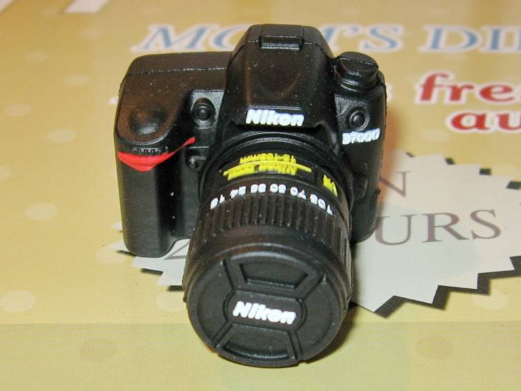 Флешка фотоаппарат с интерфейсом USB 16 ГБ.