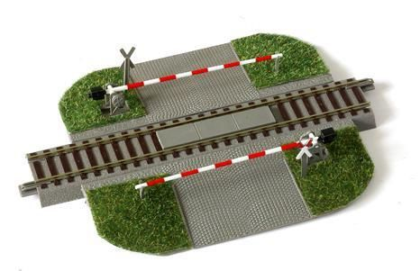 Железнодорожный переезд для железной дороги Piko,Roco. Масштаб : 1:87