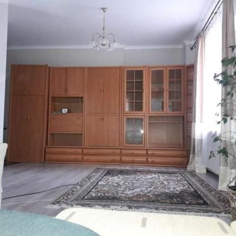 Продам 1 комнатную квартиру Грушевского