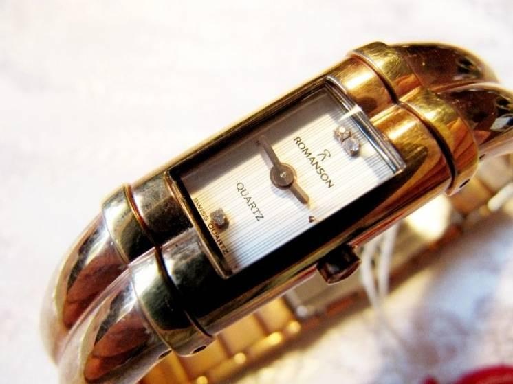 "Часы женские ""ROMANSON RM 0219L"", новые,кварцевые"