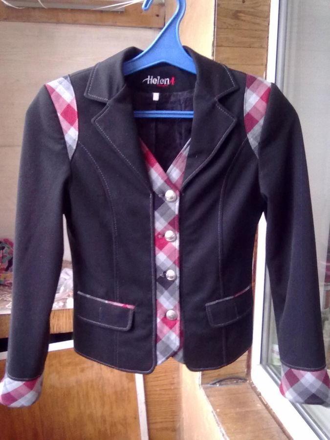 Школьная форма-пиджак и юбка