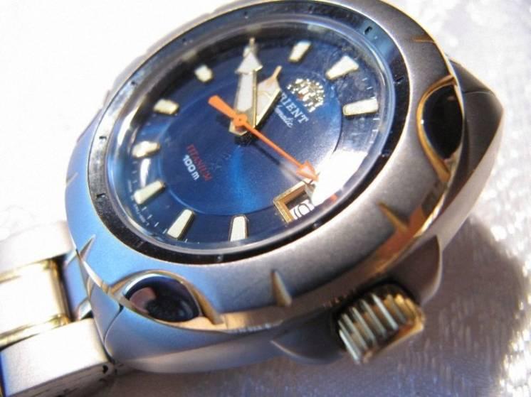 """Часы механические """"Orient"""" CEROJ000D0 (Ориент), Япония ,новые"""