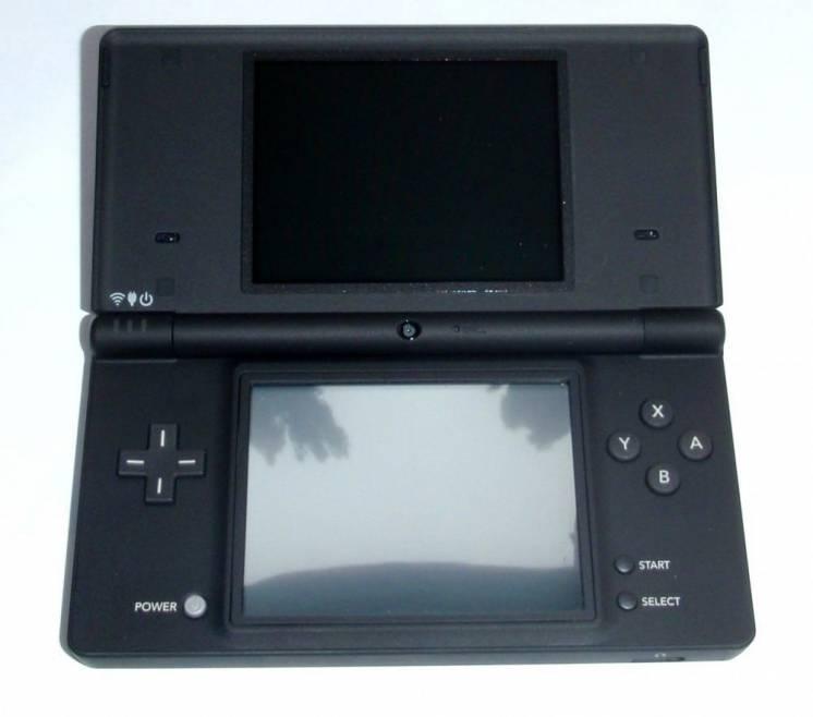 Nintendo DSi, новая, черная матовая,